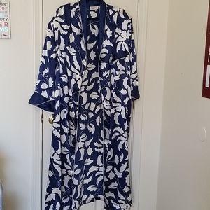 Womens vintage robe.